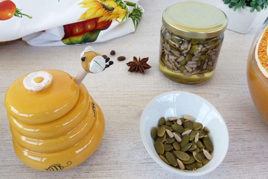 miere cu seminte de floarea soarelui
